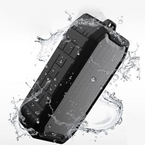 Outdoor waterproof bluetooth speaker